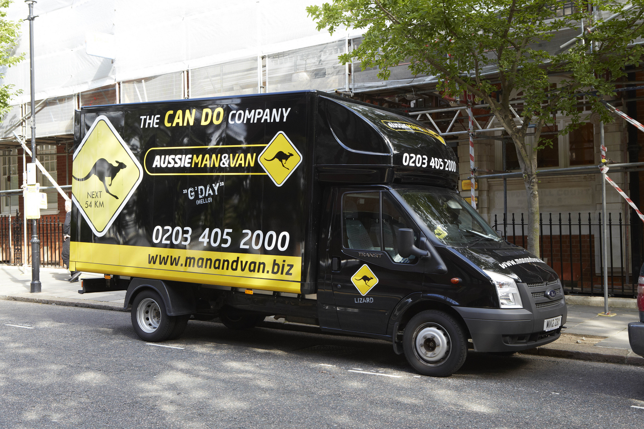 Aussie Man & Van Vehicle Graphics